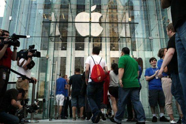 Премьера iPhone: в пяти странах мира выстроились многочасовые очереди
