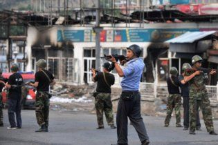 Киргизские власти признали гибель 893 человек на юге страны
