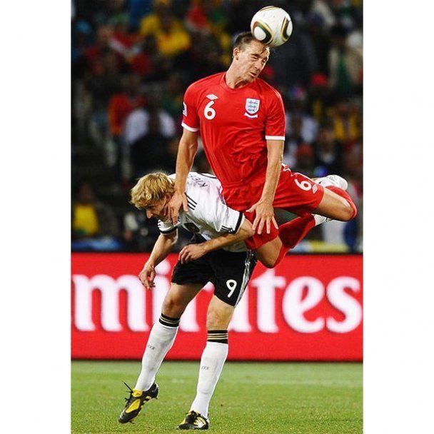 Німеччина розгромила Англію в 1/8 фіналу чемпіонату світу (відео)