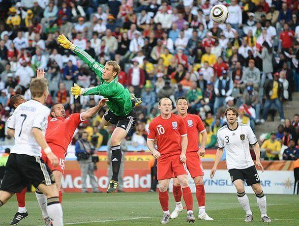 Другий день 1/8 фіналу ЧС-2010. Фотозвіт