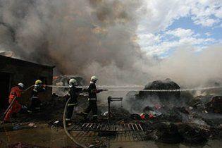 В Черкассах на заводе произошел большой пожар, никто не пострадал