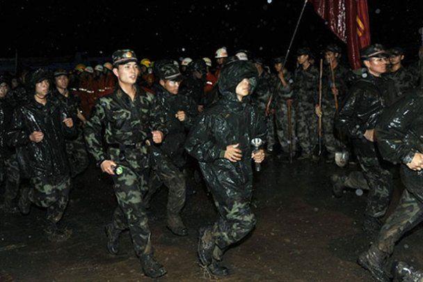 Руйнівний зсув на заході Китаю