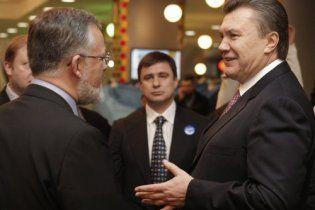 "Янукович вызвал Табачника ""на ковер"""