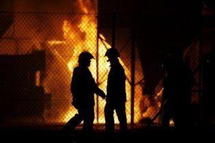 У Санкт-Петербурзі загорівся завод пластмаси