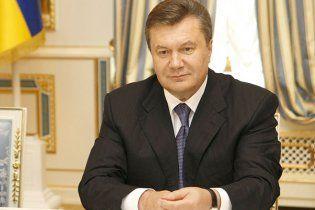 Янукович має намір посилити НБУ