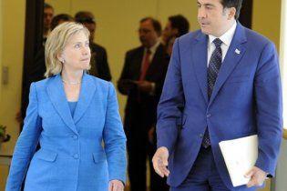 Российские спецслужбы узнали, чем США вооружат Саакашвили