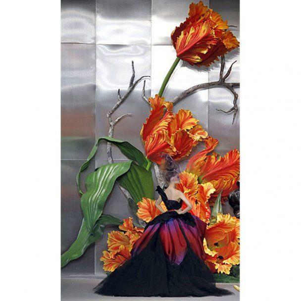В Париже Гальяно показал цветочную феерию