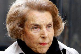 Французская полиция допросила  самую богатую женщину Европы