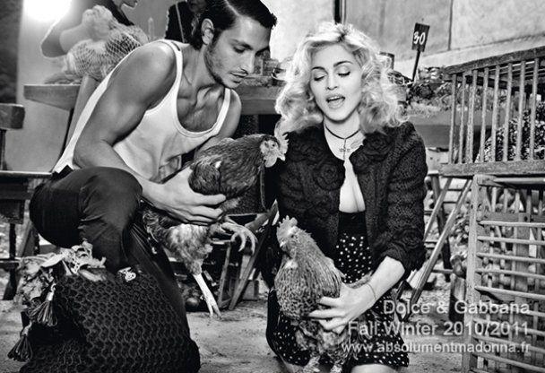Мадонна с малышом снялась для Dolce & Gabbana