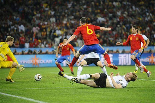 Іспанія вперше в історії вийшла у фінал чемпіонату світу (відео)