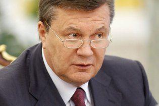 Луганский скульптор, вдохновленный Калигулой, вылепил бюст Януковича