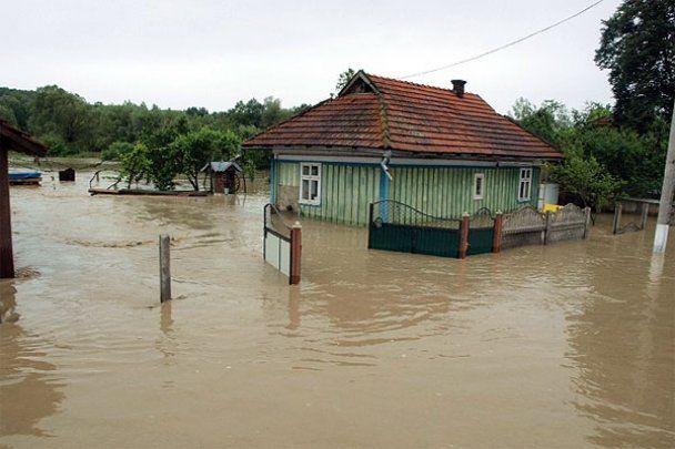 Прикарпаття потерпає від повені