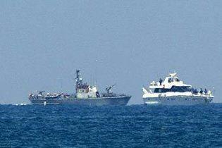 """Судно з """"Флотилії свободи"""" знову прямує до Гази"""