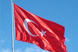 Турция заявила, что Украина тормозит введение безвизового режима