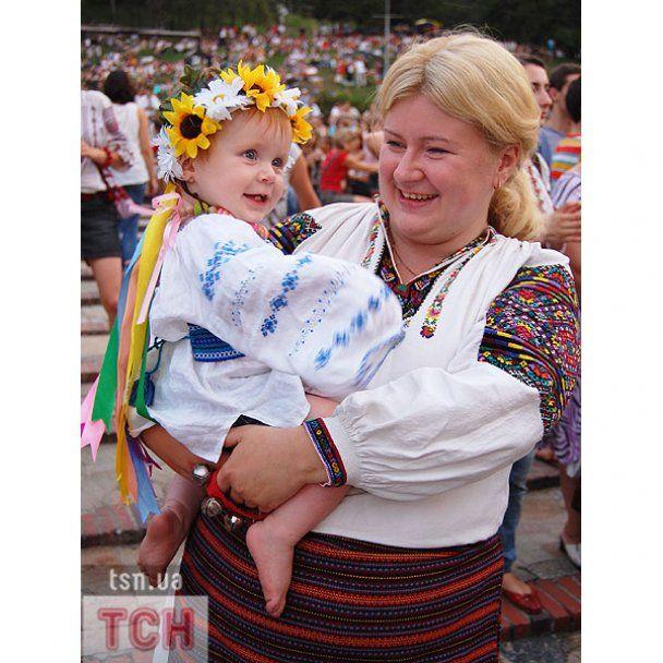 "Дождь не помешал украинцам погулять на ""Країні Мрій"""