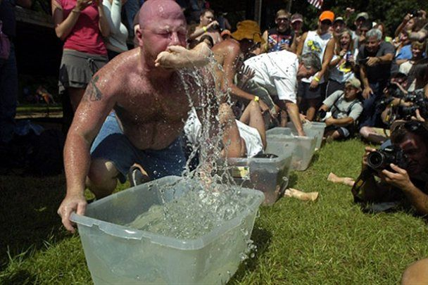 """Фестиваль """"Summer Redneck Games"""" в США"""