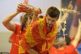 Футболисты сборной Испании получили долгожданное пиво