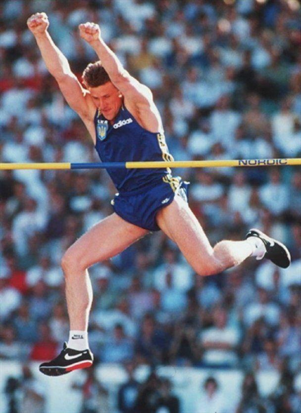 Славетному стрибку Сергія Бубки виповнилося 25 років