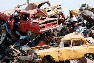 Киев превращают в кладбище старых автомобилей