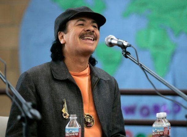 Карлос Сантана освідчився барабанщиці під час виступу