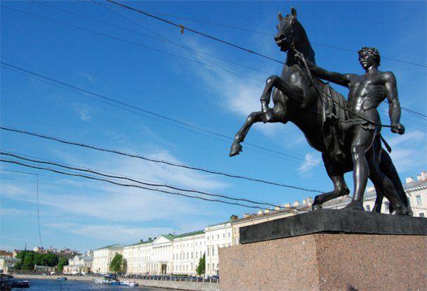 Білі ночі на Неві - подорож до Північної столиці Росії