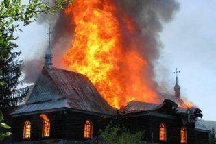 На сході України палять церкви Київського патріархату