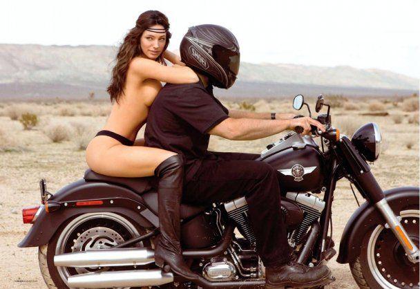 "Келлі Брук ""продалась"" журналу Playboy за 500 000 доларів"