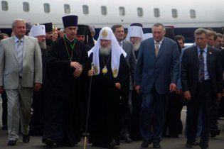 Патриарх Кирилл прилетит на дачу к Януковичу на личном самолете