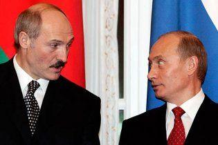 В Интернете появился ролик-разоблачение планов Путина убить Лукашенко