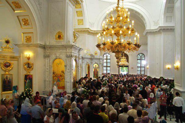 Патриарх Кирилл освятил крупнейший храм Одессы