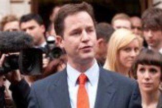 Вице-премьер Британии признал вторжение в Ирак незаконным