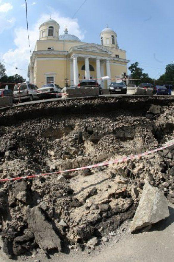 зсув грунту, Київ
