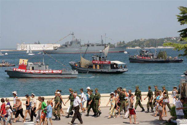 Репетиція параду до Дня ВМФ у Севастополі