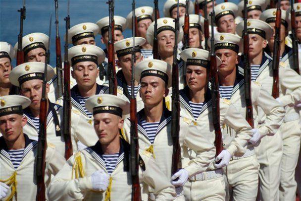 У Севастополі пройшов парад Чорноморського флоту Росії