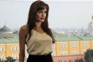 Джолі отримала дозвіл на зйомки фільму в Боснії