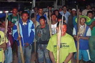 Бразильські індіанці звільнили будівельників ГЕС
