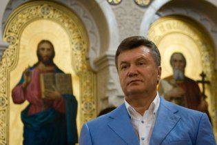 Янукович не будет ставить свечу, чтобы второй раз стать президентом