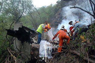 Опознаны останки более 40 человек, погибших в авиакатастрофе в Пакистане