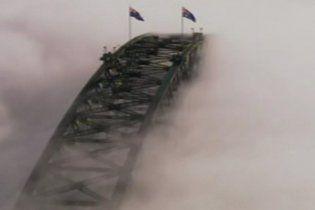 У Сіднеї та Брісбені скасували рейси літаків та кораблів через смог