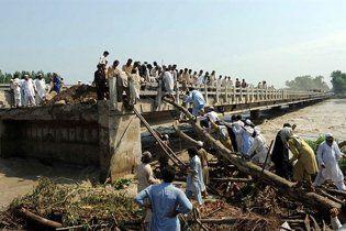 Від повеней постраждали 2,5 мільйона пакистанців