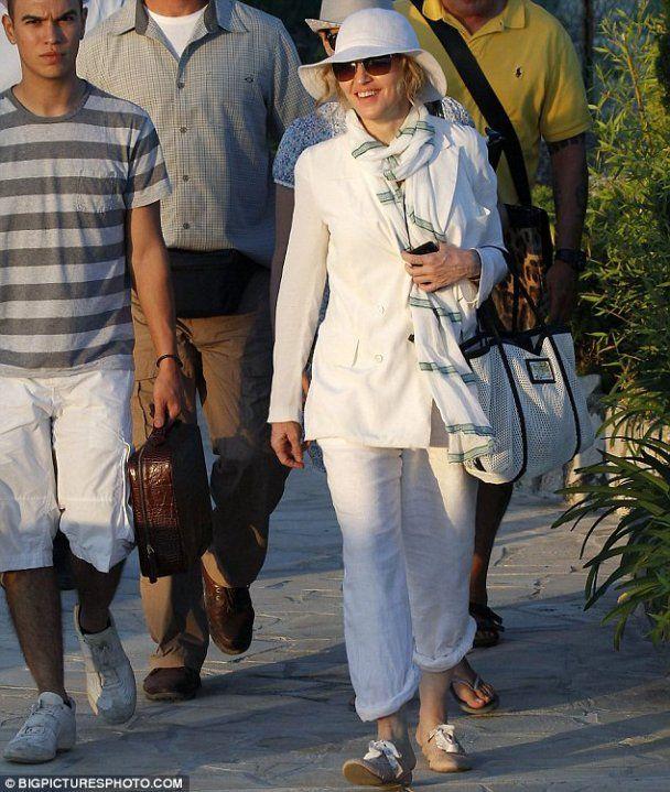 Абрамович надав Мадонні яхту для зйомок фільму