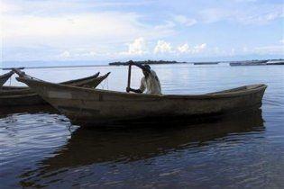 В Уганде затонул паром: более 50 жертв