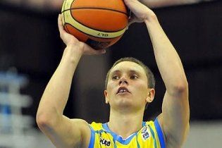 Українські баскетболісти зазнали фіаско у першому матчі Євро-2011