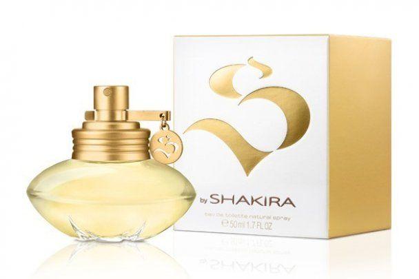 Шакира сексуально прорекламировала свои духи