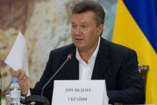 Янукович предложил украинским блогерам встретиться и не ходить на допросы в СБУ