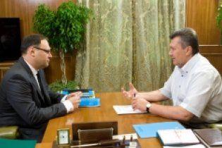 Янукович узяв на роботу одного з лідерів помаранчевої революції