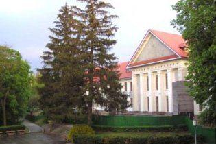 В музее Шевченко в Каневе разворовали 2,6 миллиона