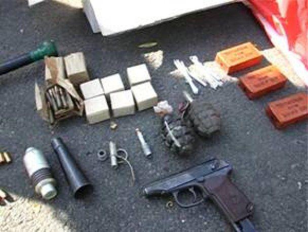 Под Киевом задержан мужчина, перевозивший пулеметы и гранаты