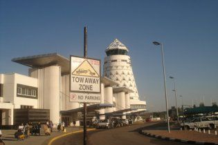 """В аэропорту Зимбабве """"учебно-показательно"""" разбился пассажирский Boeing"""