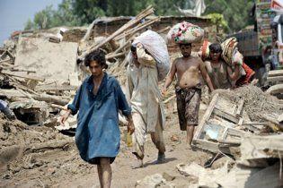 Пакистан погодився прийняти матеріальну допомогу від Індії